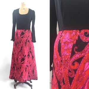 Vintage Op art Maxi Dress, 60s 70s quilted skirt